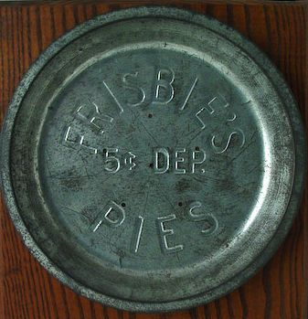 an introduction to the history of frisbie pie company of bridgeport The story of the frisbee began in bridgeport, connecticut, where william frisbie opened the frisbie pie company in 1871students from nearby universities would throw the empty pie tins to each.
