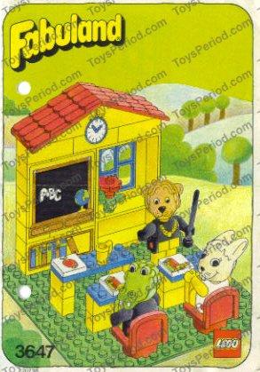 LEGO Tile 2 x 2 with Fabuland Books Pattern ref 3068bpx67 Set 3647 3674