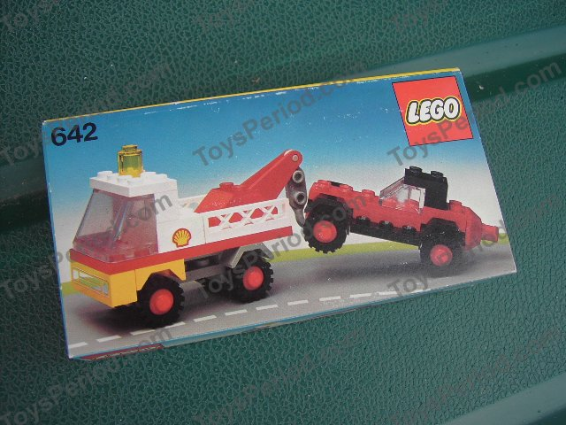 LEGO 642-1 Tow Truck and Car Image 3