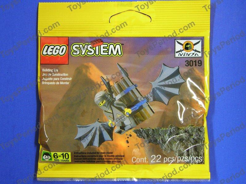 LEGO Dark Gray Ninja Castle Minifigure with Head Wrap