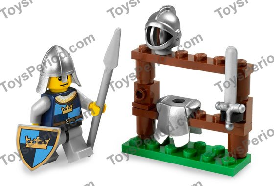 LEGO PART 3846PB24 MINIFIGURE SHIELD TRIANGULAR WITH GOLD CROWN