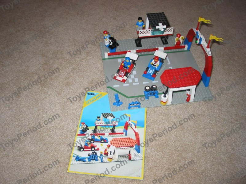 LEGO 6381 Motor Speedway Set Parts Inventory and Instructions ...