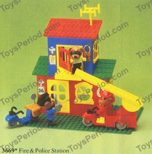 LEGO 3669 Fire and Police Station Image 2