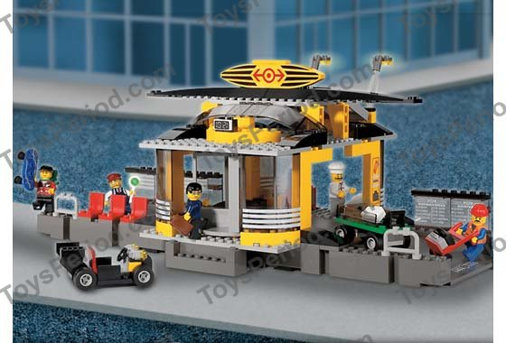 LEGO 4513 Grand Central Station Image 4