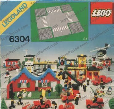 607P01 Vintage Lego Baseplate Road 32 x 32 9-Stud Crossroads with Road Pattern